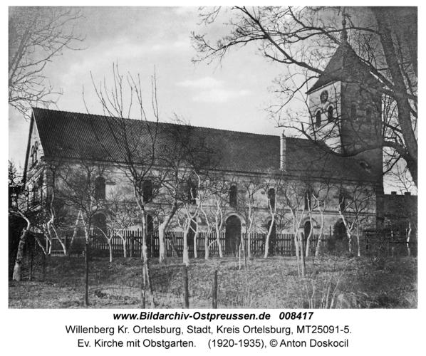 Willenberg, Ev. Kirche mit Obstgarten