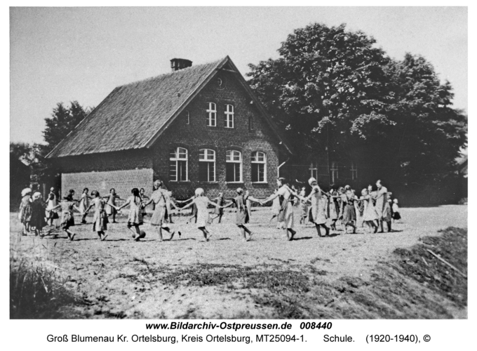 Groß Blumenau Kr. Ortelsburg, Schule