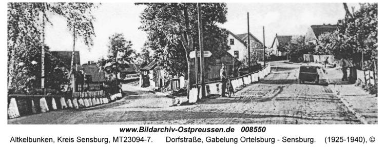 Altkelbunken, Dorfstraße, Gabelung Ortelsburg - Sensburg