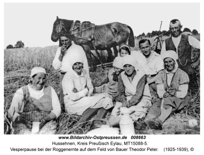 Hussehnen, Vesperpause bei der Roggenernte auf dem Feld von Bauer Theodor Peter