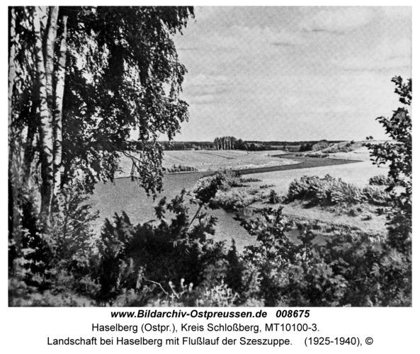 Haselberg, Landschaft bei Haselberg mit Flußlauf der Szeszuppe