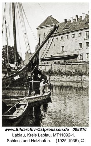 Labiau, Schloss und Holzhafen