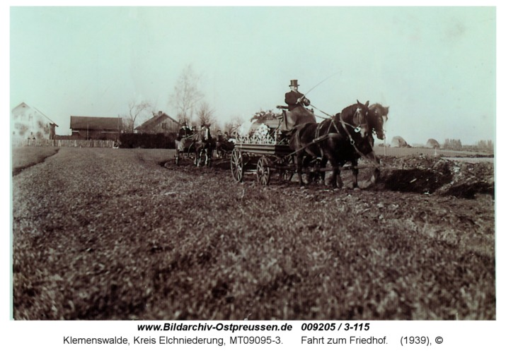 Klemenswalde, Fahrt zum Friedhof
