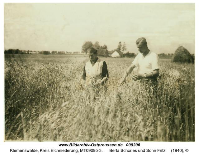Klemenswalde, Berta Schories und Sohn Fritz