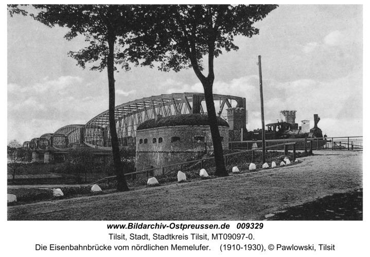 Tilsit, Die Eisenbahnbrücke vom nördlichen Memelufer