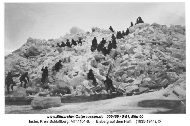 Inse, Eisberg auf dem Haff