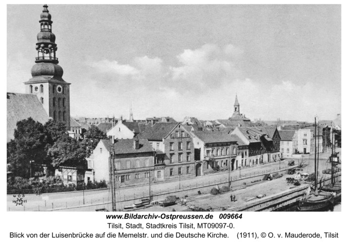 Tilsit, Blick von der Luisenbrücke auf die Memelstr. und die Deutsche Kirche