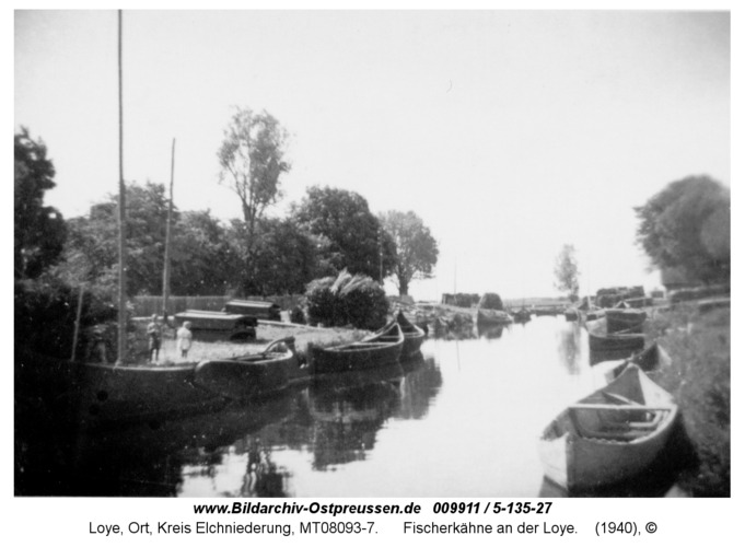 Loye, Fischerkähne an der Loye