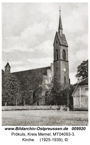 Prökuls, Kirche