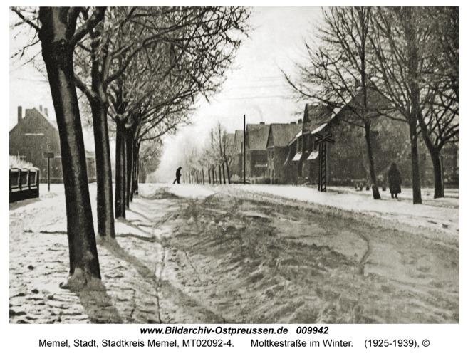 Memel, Moltkestraße im Winter