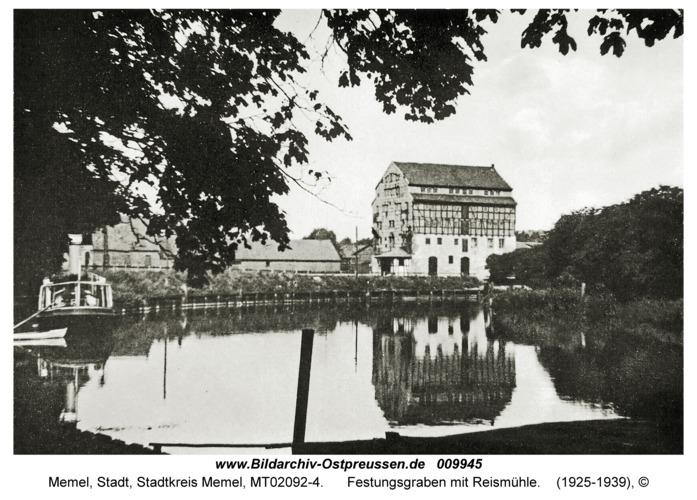 Memel, Festungsgraben mit Reismühle