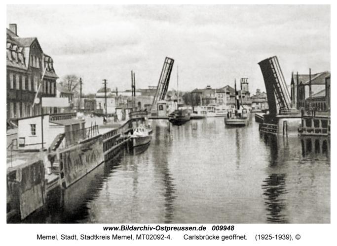 Memel, Carlsbrücke geöffnet