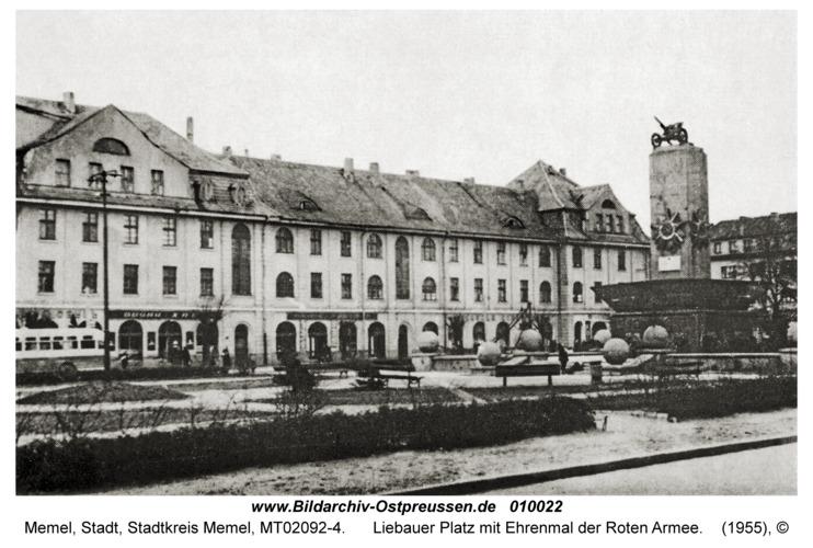 Memel, Liebauer Platz mit Ehrenmal der Roten Armee