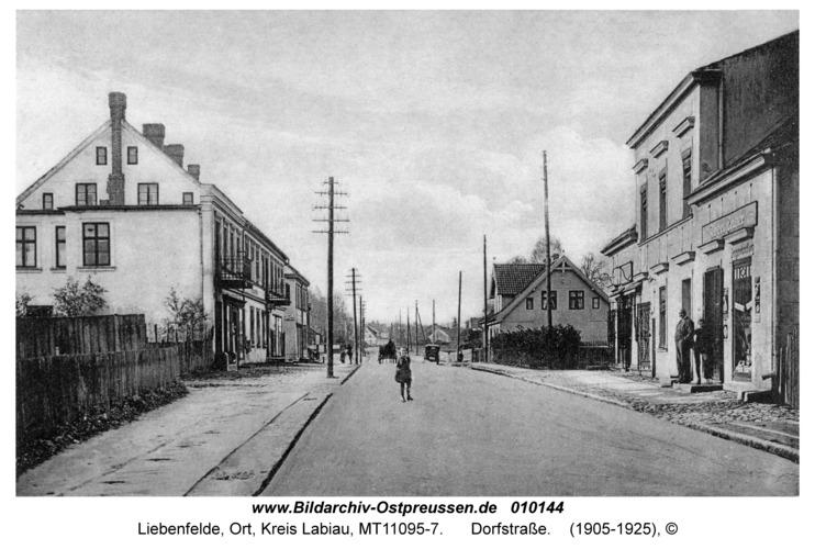 Liebenfelde, Dorfstraße