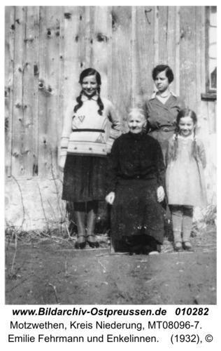 Motzwethen, Emilie Fehrmann und Enkelinnen