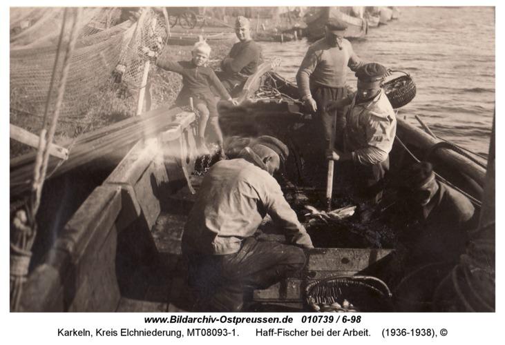 Karkeln, Haff-Fischer bei der Arbeit