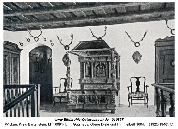 Wicken, Gutshaus, Obere Diele und Himmelbett 1604