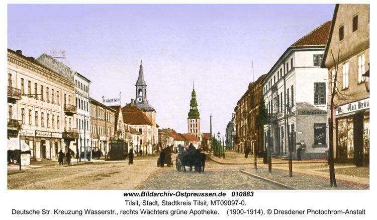 Tilsit, Deutsche Str. Kreuzung Wasserstr., rechts Wächters grüne Apotheke