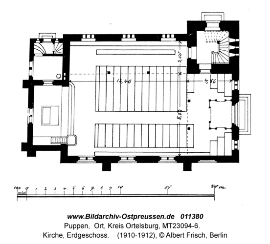 Puppen, Kirche, Erdgeschoss
