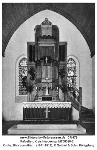 Paßießen, Kirche, Blick zum Altar
