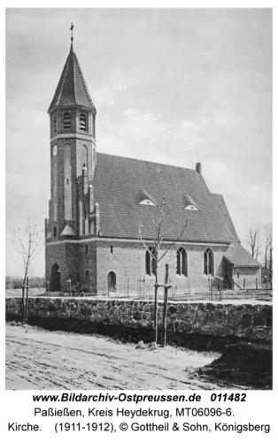 Paßießen, Kirche