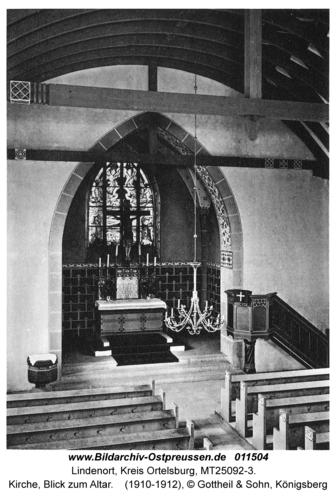 Lindenort, Kirche, Blick zum Altar