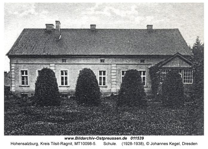 Hohensalzburg, Schule