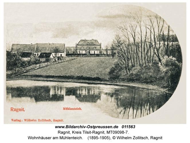 Ragnit, Wohnhäuser am Mühlenteich