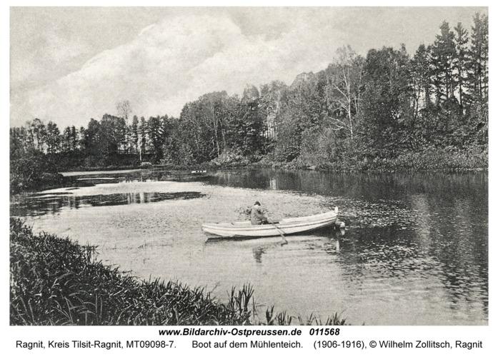 Ragnit, Boot auf dem Mühlenteich