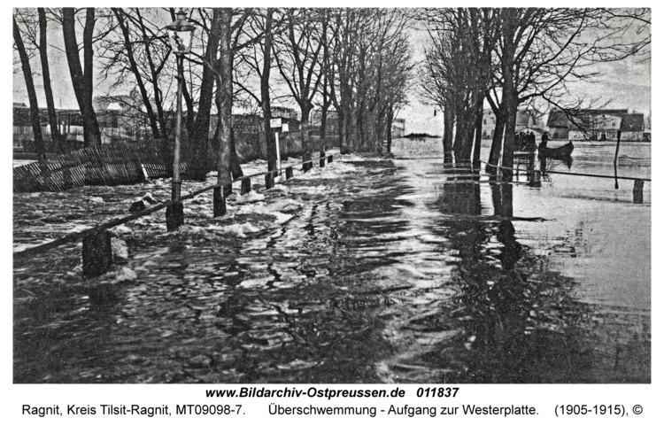 Ragnit, Überschwemmung - Aufgang zur Westerplatte