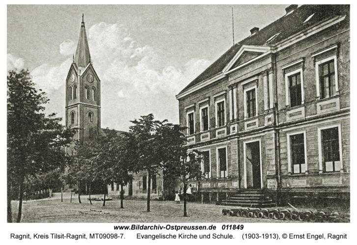 Ragnit, Evangelische Kirche und Schule