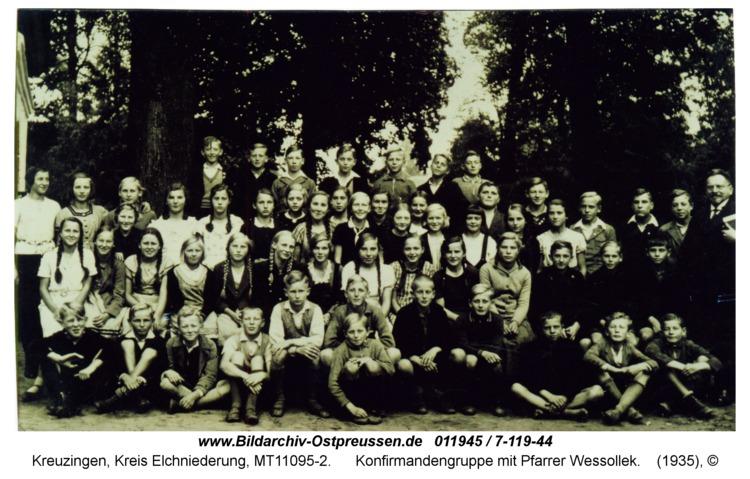 Kreuzingen, Konfirmandengruppe mit Pfarrer Wessollek