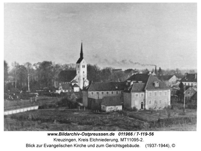 Kreuzingen, Blick zur Evangelischen Kirche und zum Gerichtsgebäude