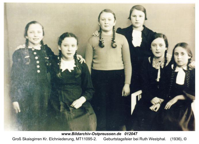 Groß Skaisgirren Kr. Elchniederung, Geburtstagsfeier bei Ruth Westphal