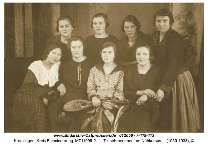 Kreuzingen, Teilnehmerinnen am Nähkursus