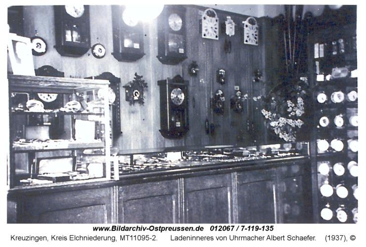 Kreuzingen, Ladeninneres von Uhrmacher Albert Schaefer