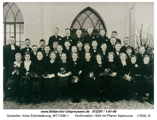 Gowarten, Konfirmation 1939 mit Pfarrer Specovius