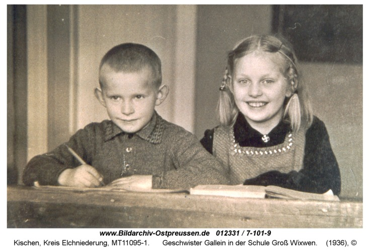 Kischen, Geschwister Gallein in der Schule Groß Wixwen