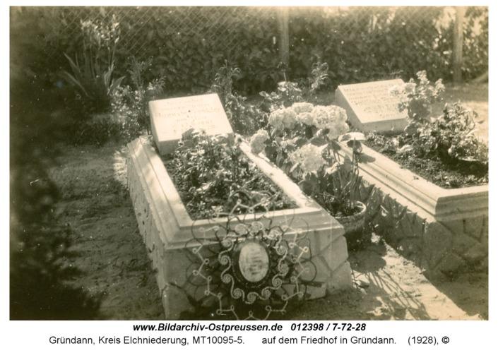 Gründann, auf dem Friedhof in Gründann