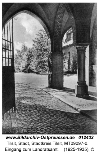 Tilsit, Eingang zum Landratsamt