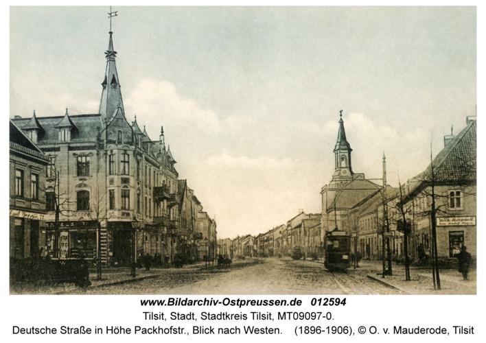 Tilsit, Deutsche Straße in Höhe Packhofstr., Blick nach Westen