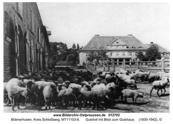 Brämerhusen, Gutshof mit Blick zum Gutshaus