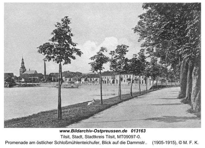 Tilsit, Promenade am östlicher Schloßmühlenteichufer, Blick auf die Dammstr.