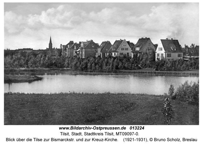 Tilsit, Blick über die Tilse zur Bismarckstr. und zur Kreuz-Kirche