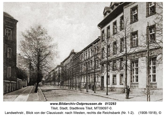 Tilsit, Landwehrstr., Blick von der Clausiusstr. nach Westen, rechts die Reichsbank (Nr. 1-2)