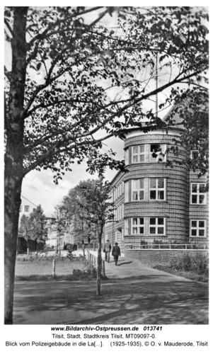 Tilsit, Blick vom Polizeigebäude in die Langgasse