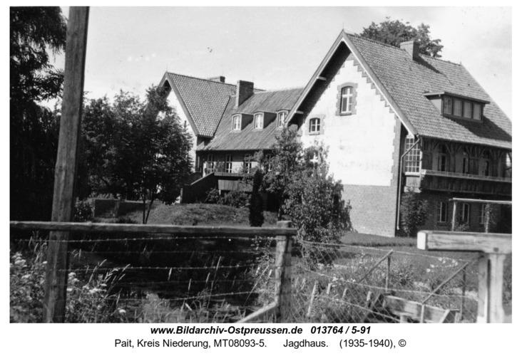 Pait, Jagdhaus