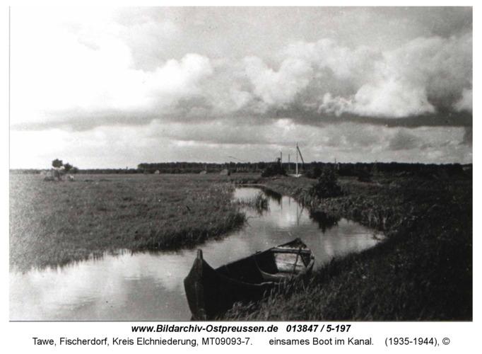 Tawe, einsames Boot im Kanal