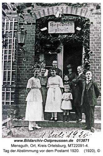 Mensguth, Tag der Abstimmung vor dem Postamt 1920