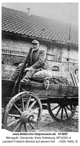 Mensguth, Landwirt Friedrich Bendull auf seinem Hof
